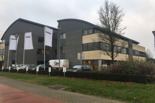 Te Huur: Hasselt - Kantoorpand