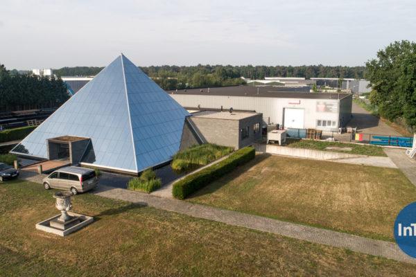 Te Koop: Bocholt - Commerciële ruimte/showroom met woonst